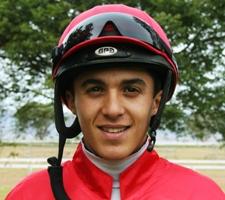 Keagan De Melo - easy winning ride