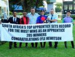 Lyle Hewitson celebrates 285 winners (photo: JC Photos)